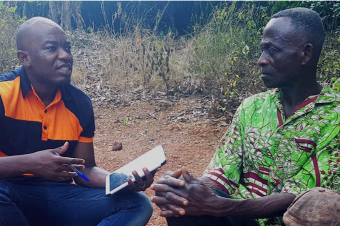 Ghana farmers using tablet
